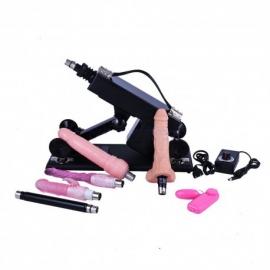 Macchina multifunzionale di sesso con gli accessori del dildo